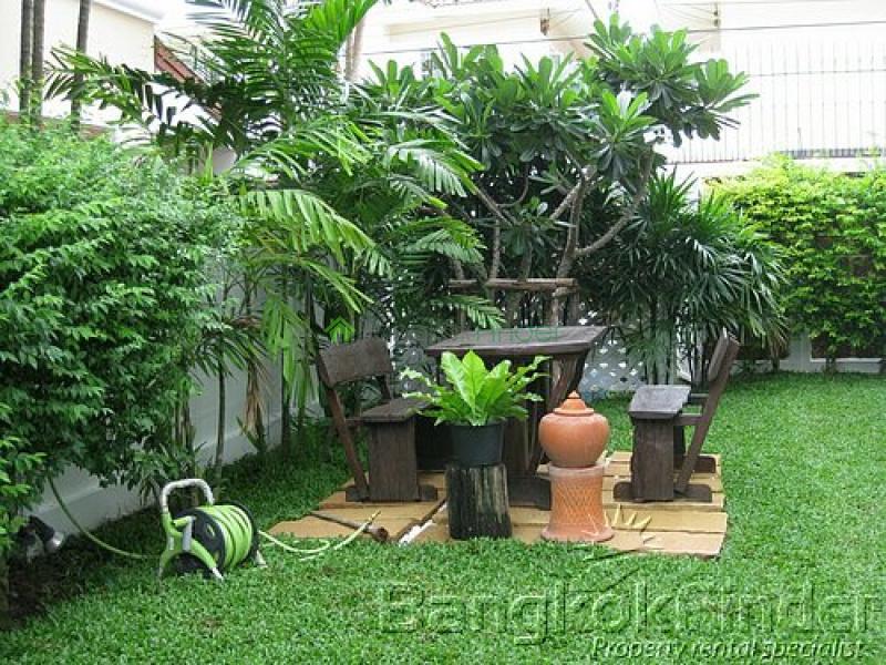 Bangna-Srinakarin, Bangna-Srinakarin, Bangkok, Thailand, 3 Bedrooms Bedrooms, ,4 BathroomsBathrooms,House,For Sale,Bangna-Srinakarin,5029