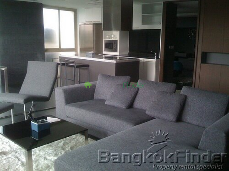 Sukhumvit-Phra Kanong, Phra Khanong, Bangkok, Thailand, 1 Bedroom Bedrooms, ,2 BathroomsBathrooms,Condo,For Sale,Ficus Lane,Sukhumvit-Phra Kanong,5036