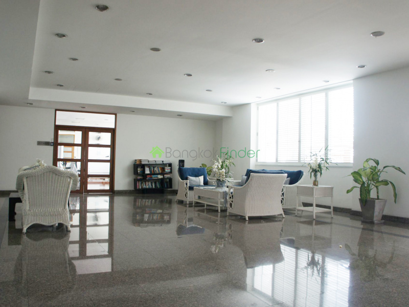 Sukhumvit-Ekamai,Ekamai,Bangkok,Thailand,3 Bedrooms Bedrooms,3 BathroomsBathrooms,Condo,La cascade,Sukhumvit-Ekamai,5038