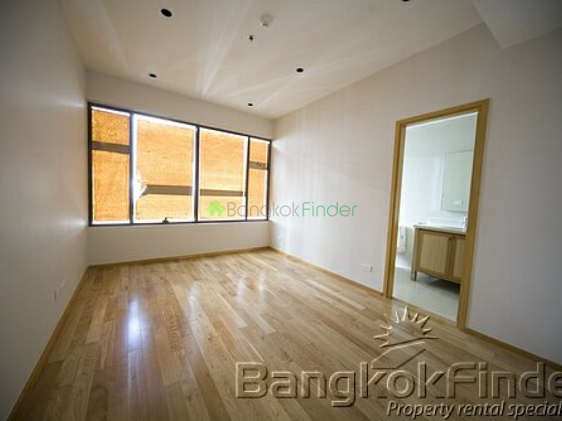 24 Sukhumvit,Phrom Phong,Bangkok,Thailand,3 Bedrooms Bedrooms,4 BathroomsBathrooms,Condo,The Emporio Place,Sukhumvit,5078