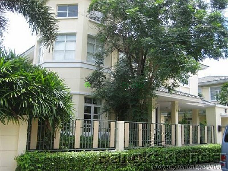 Sukhumvit- On Nut,Sukhumvit- On Nut,Bangkok,Thailand,4 Bedrooms Bedrooms,House,Sukhumvit-On Nut,5091