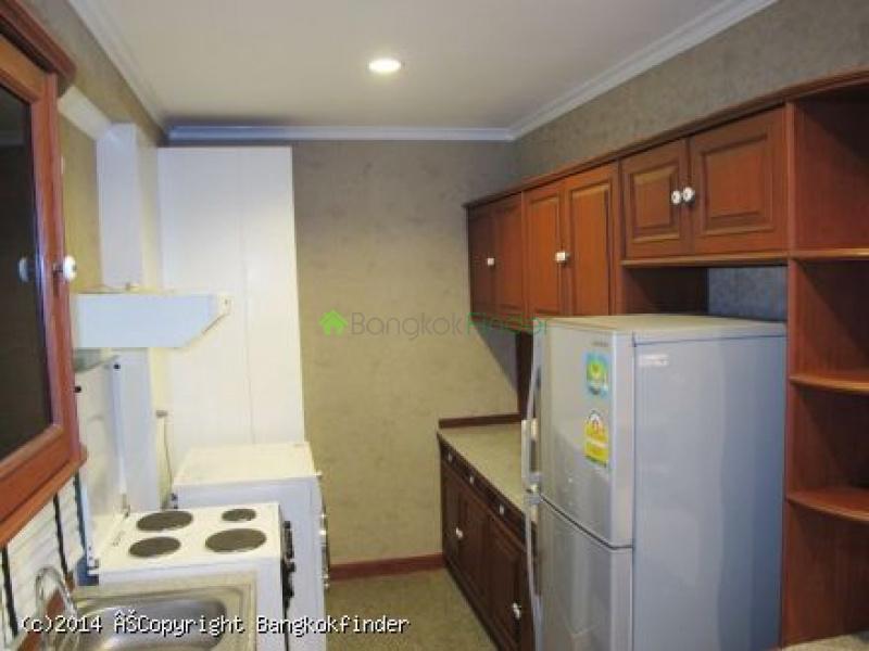 6 Sukhumvit, Nana, Thailand, 2 Bedrooms Bedrooms, ,2 BathroomsBathrooms,Condo,For Rent,Saranjai Mansions,Sukhumvit,5552