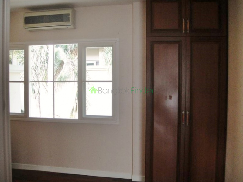 Bangna-Srinakarin, Bangkok, Thailand, 4 Bedrooms Bedrooms, ,3 BathroomsBathrooms,House,For Sale,5154