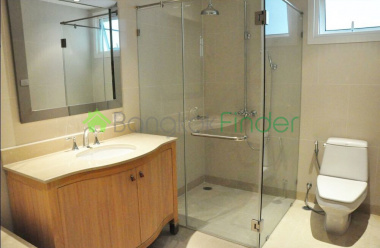 1 Sathorn,Sathorn,Bangkok,Thailand,1 Bedroom Bedrooms,1 BathroomBathrooms,Condo,The Empire Place,Sathorn,5207