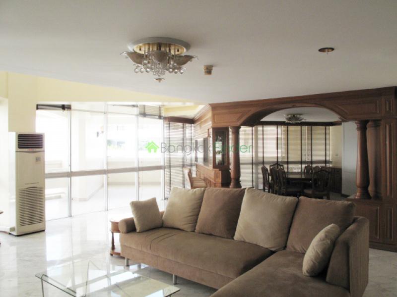 63 Sukhumvit,Ekamai,Bangkok,Thailand,4 Bedrooms Bedrooms,4 BathroomsBathrooms,Condo,Taiping Tower,Sukhumvit,5220