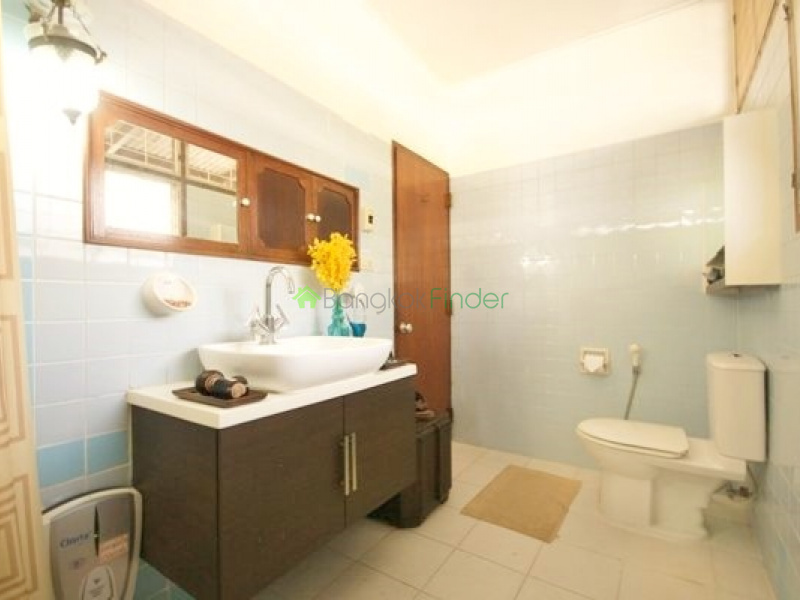 39 Sukhumvit,Phrom Phong,Bangkok,Thailand,3 Bedrooms Bedrooms,3 BathroomsBathrooms,House,Sukhumvit,5241