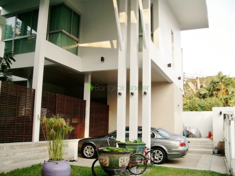 Thonglor, Bangkok, Thailand, 4 Bedrooms Bedrooms, ,5 BathroomsBathrooms,House,For Sale,5299