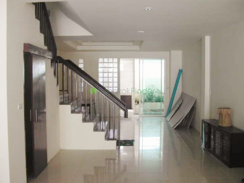 101 Sukhumvit,On Nut,Bangkok,Thailand,5 Bedrooms Bedrooms,5 BathroomsBathrooms,House,Sukhumvit,5326