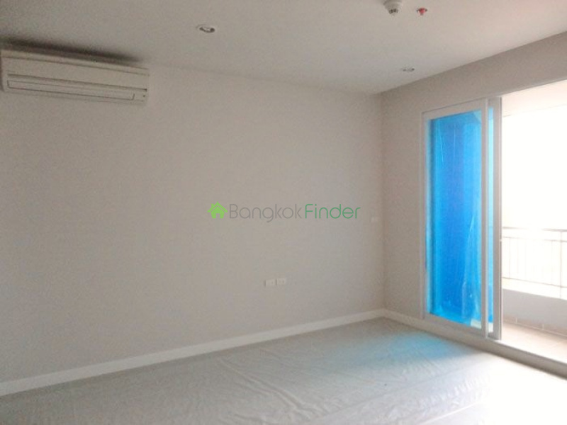 Phetburi Road,Bangkok,Thailand,1 Bedroom Bedrooms,1 BathroomBathrooms,Condo,Phetburi Road,5335