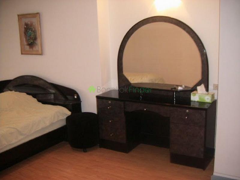 30 Sukhumvit, Phrom Phong, Bangkok, Thailand, 3 Bedrooms Bedrooms, ,2 BathroomsBathrooms,Condo,Sold,Waterford Diamond,Sukhumvit,5351
