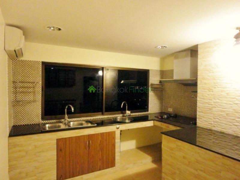 39 Sukhumvit,Phrom Phong,Bangkok,Thailand,3 Bedrooms Bedrooms,3 BathroomsBathrooms,Condo,Regent III,Sukhumvit,5460