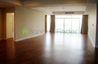 63 Sukhumvit,Ekamai,Bangkok,Thailand,4 Bedrooms Bedrooms,3 BathroomsBathrooms,Condo,La Cascade,Sukhumvit,5471