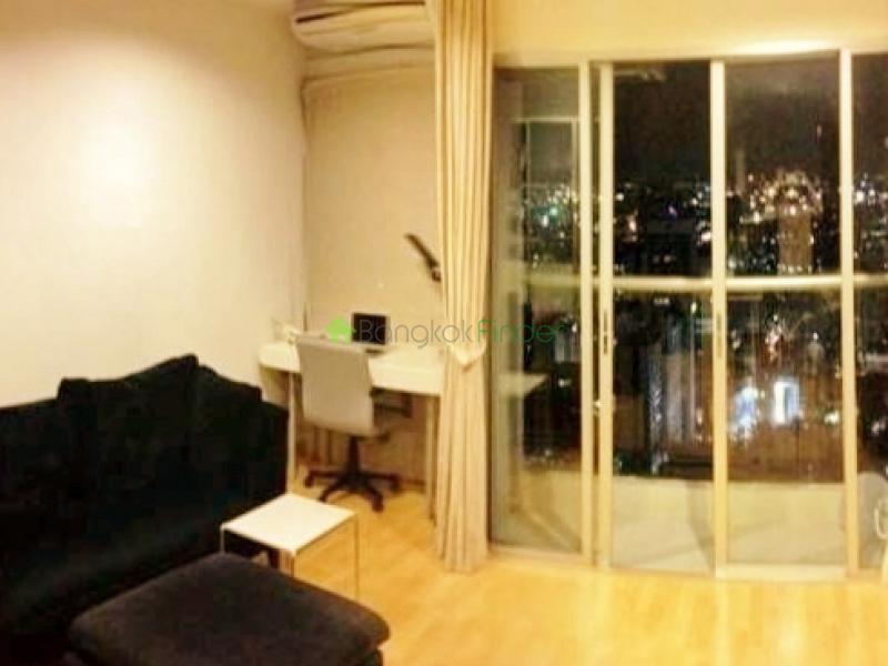 1 Silom, Sathorn, Bangkok, Thailand, 1 Bedroom Bedrooms, ,1 BathroomBathrooms,Condo,For Sale,Silom Suites,Silom,5473