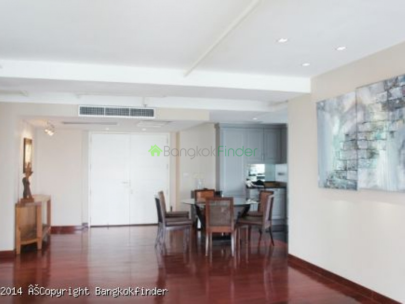 1 Lang Suan, Langsuan, Bangkok, Thailand, 3 Bedrooms Bedrooms, ,2 BathroomsBathrooms,Condo,For Rent,Urbana Lang Suan,Lang Suan,5516