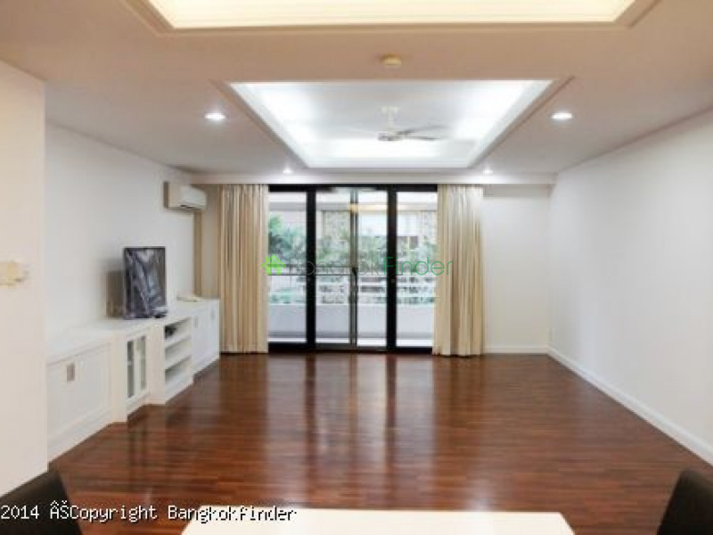 1 Ratchadamri, Rajadamri, Bangkok, Thailand, 3 Bedrooms Bedrooms, ,3 BathroomsBathrooms,Condo,For Rent,Mitkorn Mansion,Ratchadamri,5518