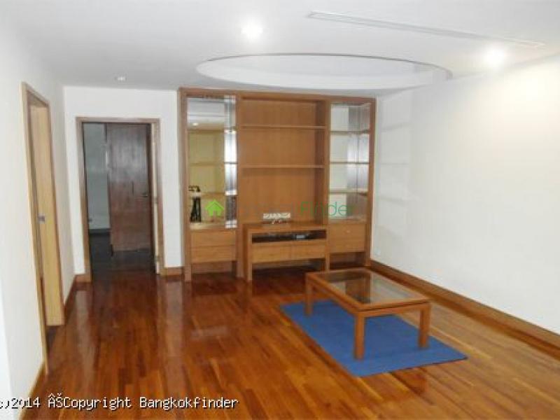 Sathorn,Sathorn,Thailand,3 Bedrooms Bedrooms,3 BathroomsBathrooms,Condo,Baan Nondzee,Sathorn,5562