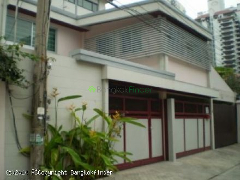 23 Sukhumvit, Asoke, Thailand, 3 Bedrooms Bedrooms, ,3 BathroomsBathrooms,House,For Rent,Sukhumvit,5569