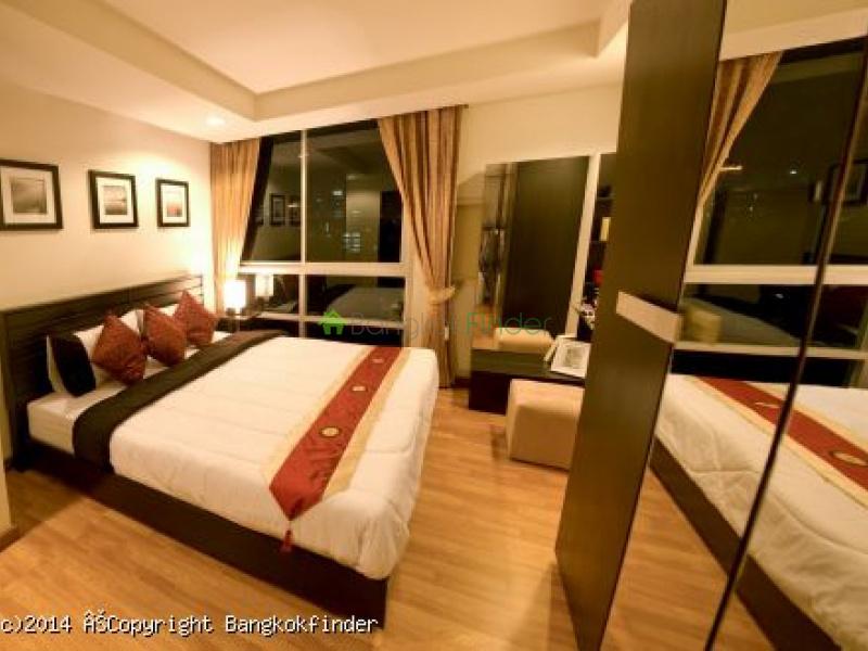 17 Ratchada,Ratchada,Thailand,1 Bedroom Bedrooms,1 BathroomBathrooms,Condo,The Kris Ratchada,Ratchada,5593