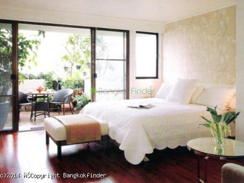 4 Sukhumvit,Nana,Thailand,3 Bedrooms Bedrooms,4 BathroomsBathrooms,Condo,Crystal Garden,Sukhumvit,5635