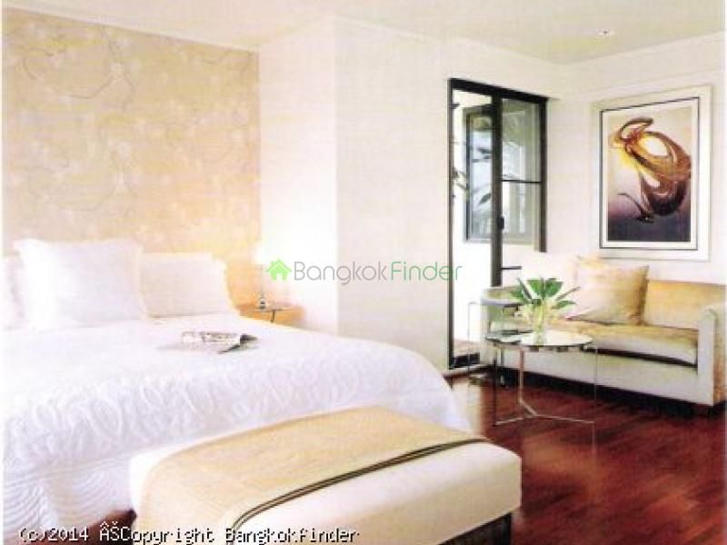 4 Sukhumvit,Nana,Thailand,3 Bedrooms Bedrooms,4 BathroomsBathrooms,Condo,Sukhumvit,5635