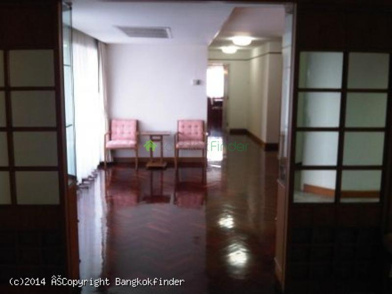 3 Sukhumvit, Nana, Thailand, 2 Bedrooms Bedrooms, ,3 BathroomsBathrooms,Condo,For Rent,Fourwings Mansion,Sukhumvit,5674