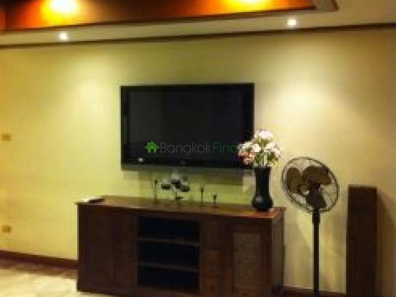 39 Sukhumvit,Phrom Phong,Thailand,3 Bedrooms Bedrooms,2 BathroomsBathrooms,Condo,Sukhumvit,5700
