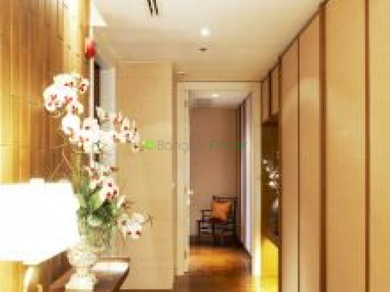 999 Ruamrudee, Phloenchit, Thailand, 2 Bedrooms Bedrooms, ,2 BathroomsBathrooms,Condo,For Rent,Athenee Residence,Ruamrudee,5741