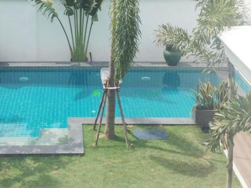 phra khanong house, 3 bedroom, 4 bedroom, soi 71, large house for sale, phrakanong house for sale