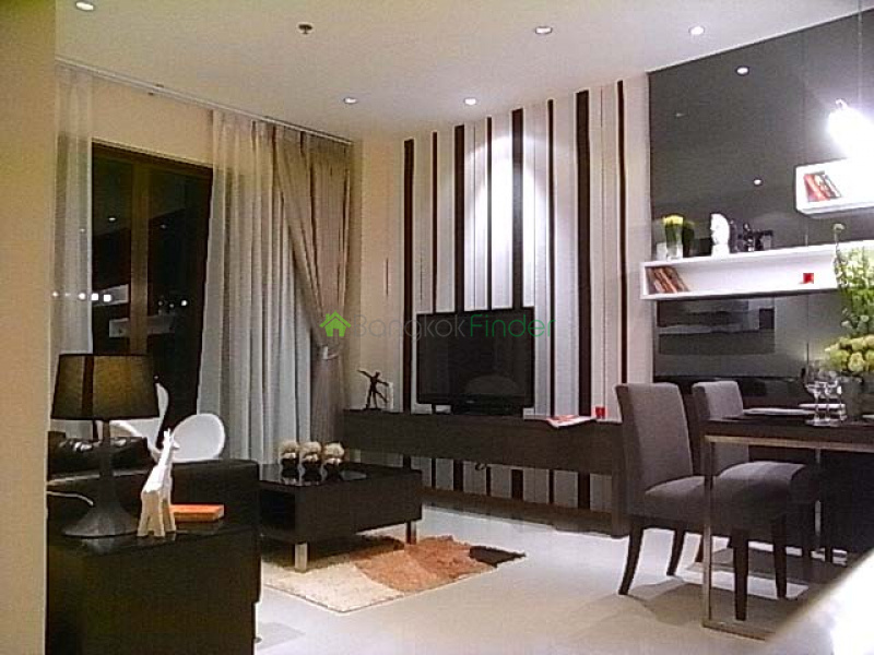 85-93 Soi Sukhumvit 24, Sukhumvit, Bangkok, Thailand 10110, 1 Bedroom Bedrooms, ,1 BathroomBathrooms,Condo,For Rent,The Emporio Place,85-93 Soi Sukhumvit 24,14,5839