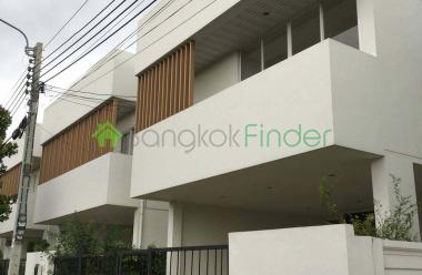 Bangna-Srinakarin, Bangkok, Thailand, 4 Bedrooms Bedrooms, ,5 BathroomsBathrooms,House,For Sale,5840
