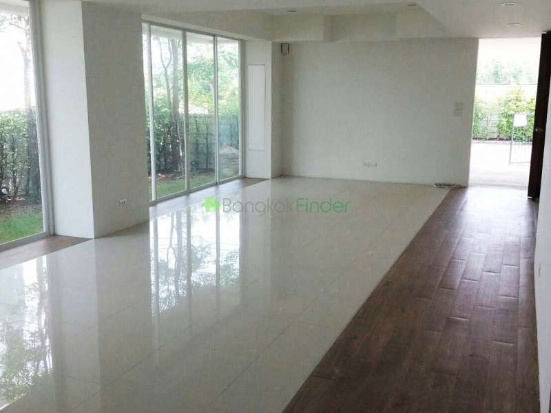 Bangna-Srinakarin, Bangkok, Thailand, 4 Bedrooms Bedrooms, ,5 BathroomsBathrooms,House,For Sale,5840
