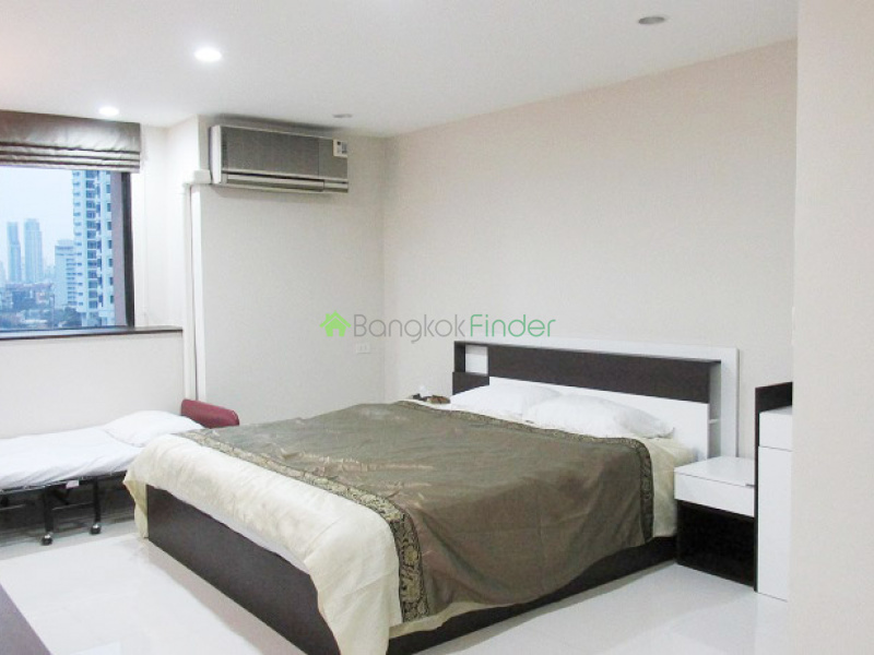 Address not available!, 3 Bedrooms Bedrooms, ,3 BathroomsBathrooms,Condo,For Rent,President Park,6450