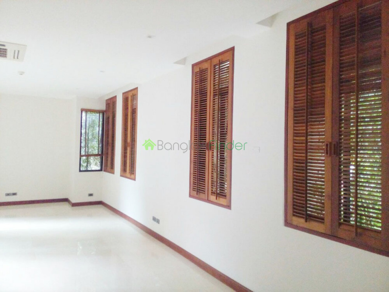 Sukhumvit, Phrom Phong, Thailand 10110, 4 Bedrooms Bedrooms, ,4 BathroomsBathrooms,House,For Rent,6472