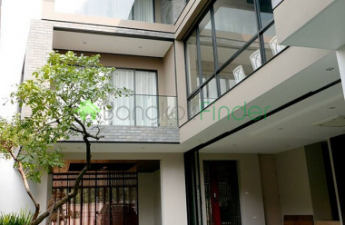 Bangkok, Phra Khanong, Thailand, 4 Bedrooms Bedrooms, ,4 BathroomsBathrooms,House,For Sale,6486