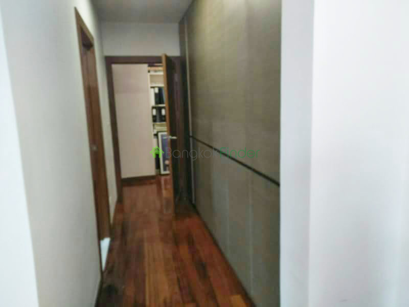 Bangkok, Phrom Phong, Thailand, 3 Bedrooms Bedrooms, ,4 BathroomsBathrooms,Town House,For Rent,6498