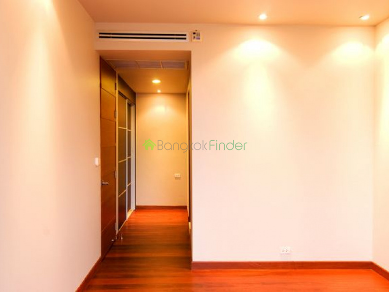 Bangkok, Thonglor, Thailand, 4 Bedrooms Bedrooms, ,4 BathroomsBathrooms,House,For Rent,6499