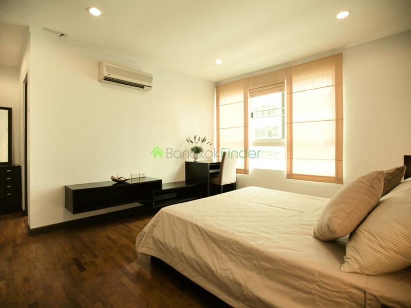 Sukhumvit Nana, Bangkok, Thailand, 2 Bedrooms Bedrooms, ,2 BathroomsBathrooms,Condo,For Sale,bggsh,6517