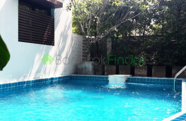 Sukhumvit 24, Bangkok, Thailand, 3 Bedrooms Bedrooms, ,4 BathroomsBathrooms,House,For Rent,6524