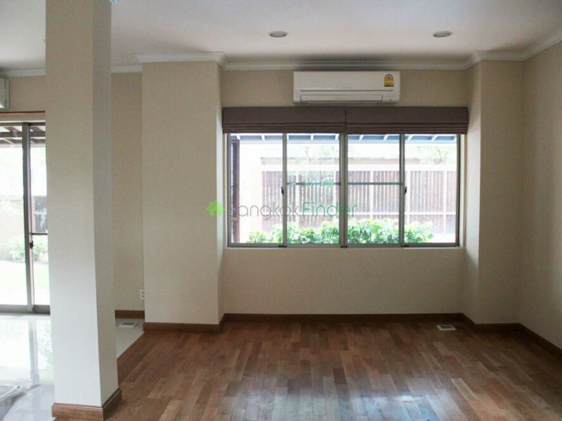 Prompong, Bangkok, Thailand, 4 Bedrooms Bedrooms, ,4 BathroomsBathrooms,House,For Rent,6525