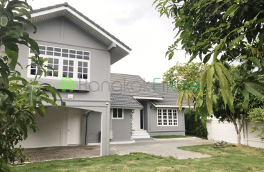 PhraKanong, Bangkok, Thailand, 4 Bedrooms Bedrooms, ,4 BathroomsBathrooms,House,For Rent,6542