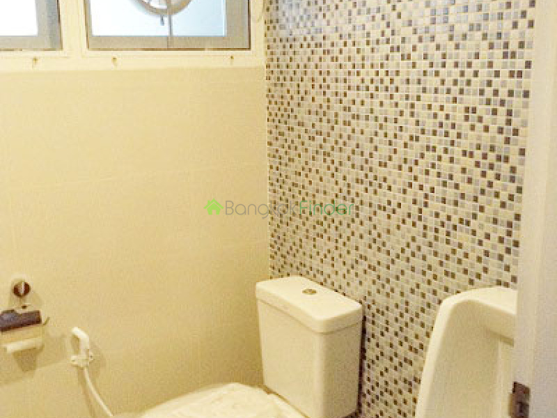 Asoke, Bangkok, Thailand, 3 Bedrooms Bedrooms, ,3 BathroomsBathrooms,House,For Rent,6554