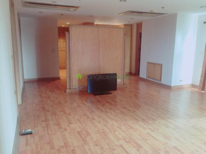 Sukhumvit Nana, Bangkok, Thailand, 5 Bedrooms Bedrooms, ,6 BathroomsBathrooms,Condo,For Sale,kalista Mansion,6568