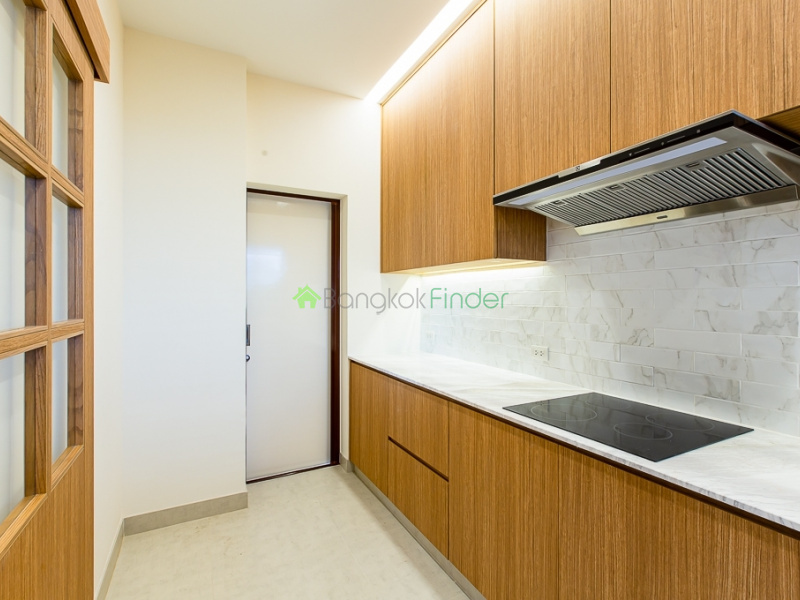 Pattanakarn, Bangkok, Thailand, 4 Bedrooms Bedrooms, ,4 BathroomsBathrooms,House,For Rent,6594