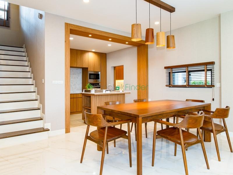 Pattanakarn, Bangkok, Thailand, 4 Bedrooms Bedrooms, ,4 BathroomsBathrooms,House,For Rent,6594