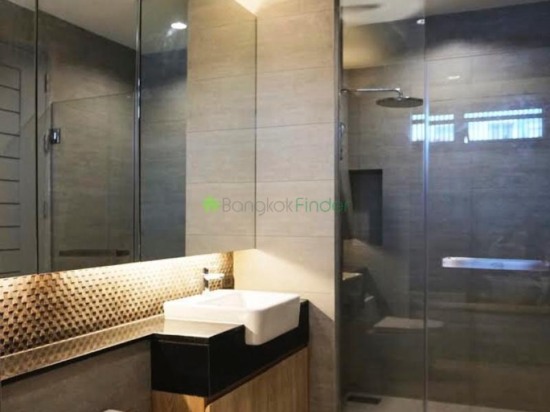 Sukhumvit 49, Bangkok, Thailand, 4 Bedrooms Bedrooms, ,5 BathroomsBathrooms,House,For Rent,6595