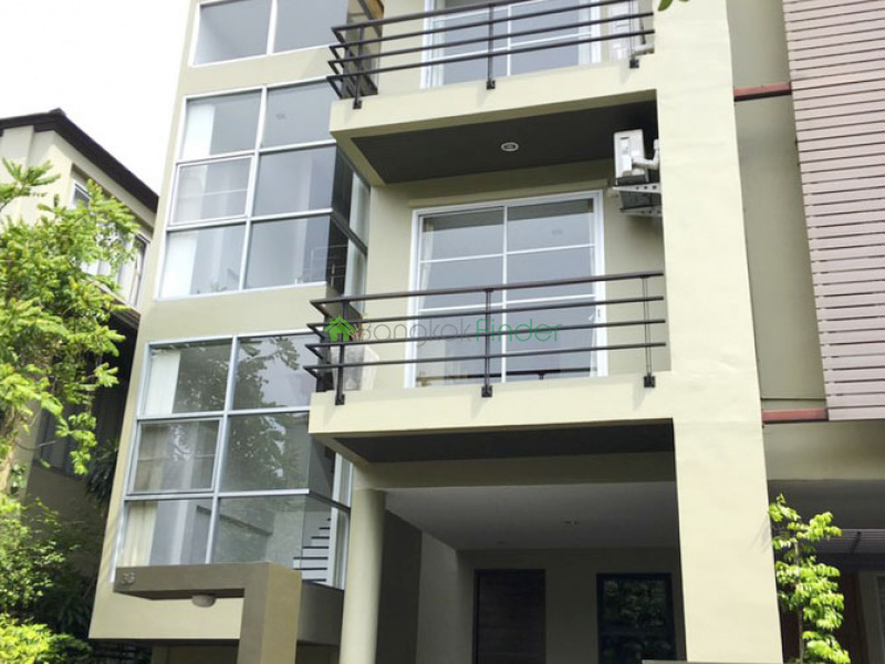 Pattanakarn, Bangkok, Thailand, 3 Bedrooms Bedrooms, ,3 BathroomsBathrooms,Town House,For Rent,6601
