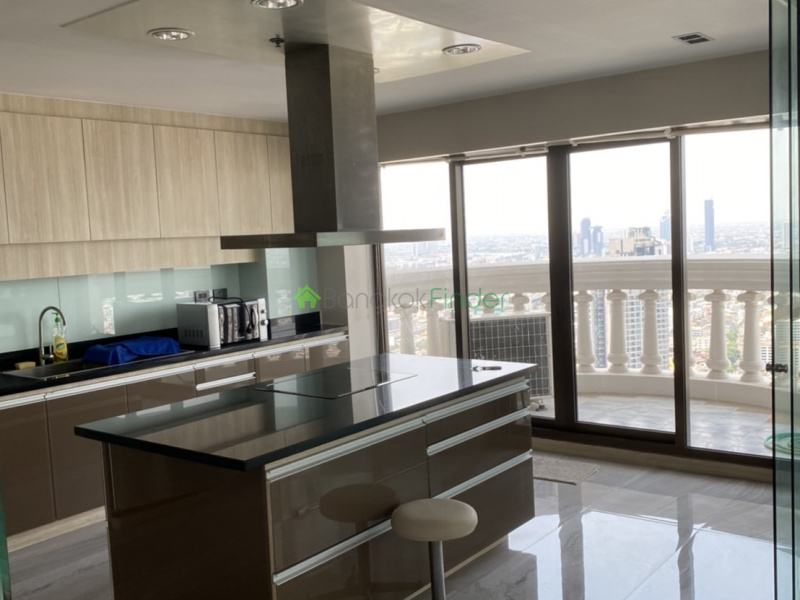 Silom, Bangkok, Thailand, 2 Bedrooms Bedrooms, ,2 BathroomsBathrooms,Condo,For Rent,State Tower,6621