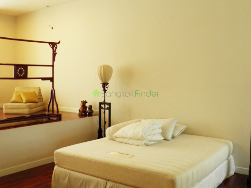 Phomphong, Bangkok, Thailand, 2 Bedrooms Bedrooms, ,2 BathroomsBathrooms,House,For Rent,6641