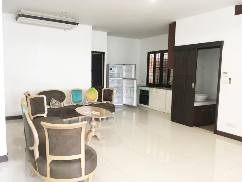 Phrakanong, Bangkok, Thailand, 3 Bedrooms Bedrooms, ,4 BathroomsBathrooms,Town House,For Rent,6655