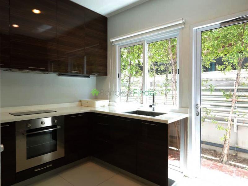 Asoke, Bangkok, Thailand, 3 Bedrooms Bedrooms, ,4 BathroomsBathrooms,Town House,For Rent,6665